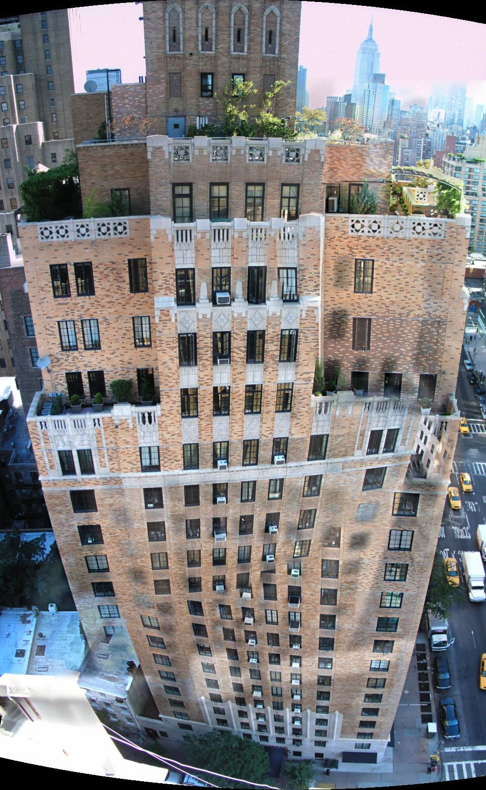 201 West 16th St, panoramic image, residential cooperative apartment building in New York City